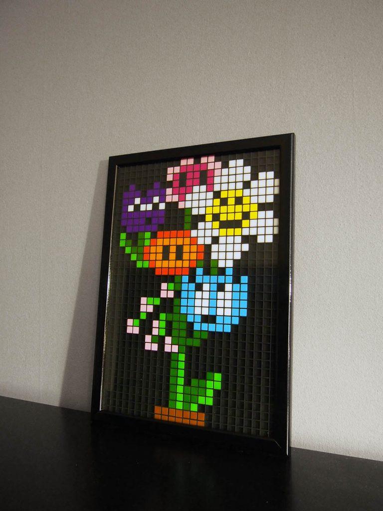 Bouquet fleurs pixel art mosaique photo
