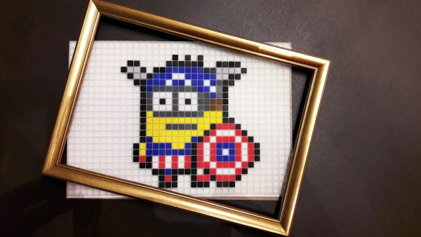 Minion Captain America Pixel Art photo 1