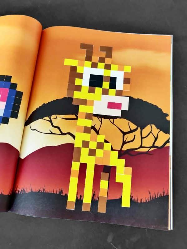 couverture pixel art à compléter photo 2